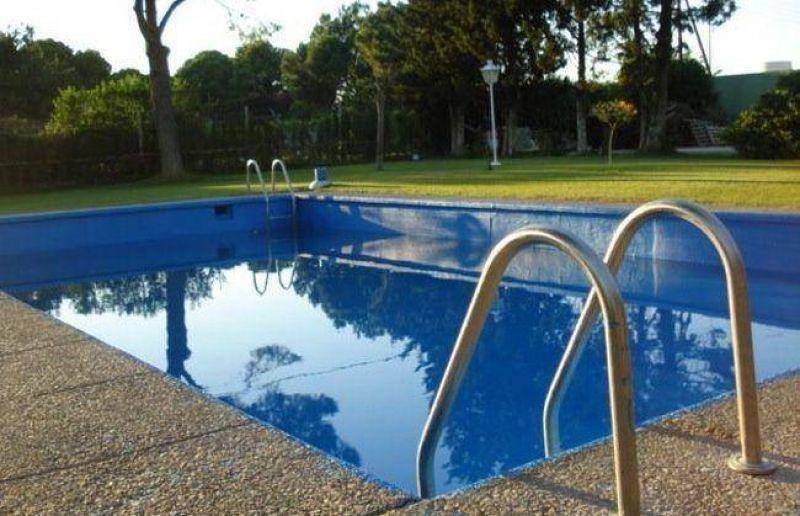 Podría haber aumentos de OSSE para el consumo de agua en piscinas