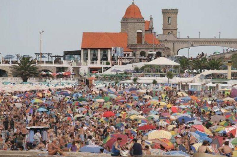 Cerca de 210 mil turistas arribaron el primer fin de semana del año
