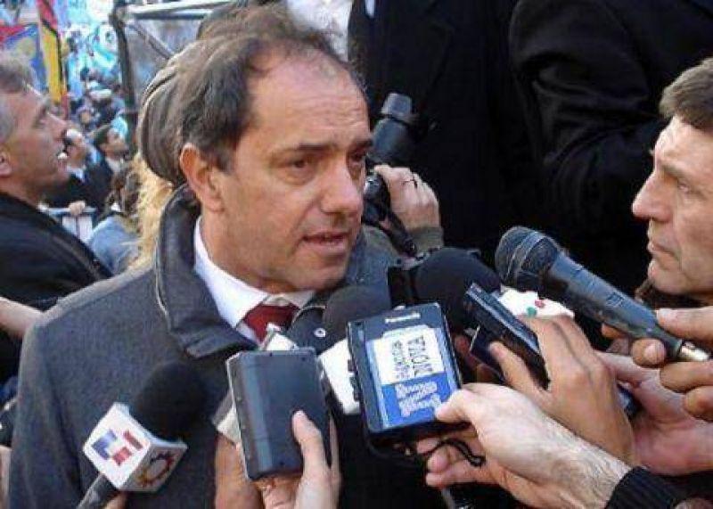 """Scioli: """"Las candidaturas presidenciales deber�an empezar a definirse a mitad del a�o que viene"""""""