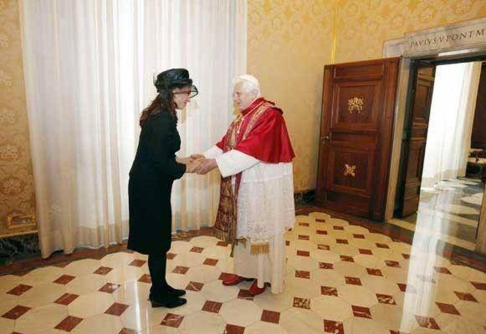 Intenta el Gobierno acercarse al Vaticano