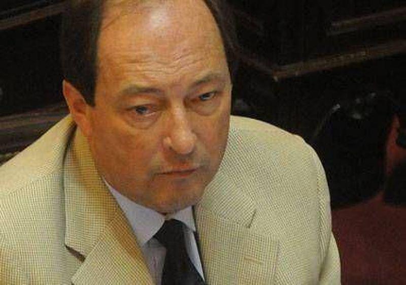 La UCR le ofreci� respaldo institucional a Redrado