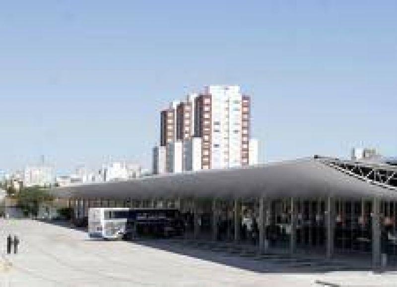 Taxistas tienen dificultades para operar en la nueva Terminal