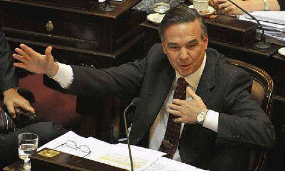 El oficialismo está dispuesto a iniciar en el Senado el proceso para remover a Redrado