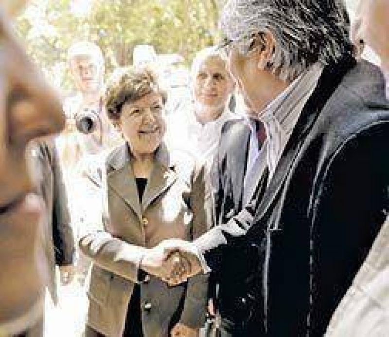 Legisladores de EE.UU.: visita a Cristina y asado con la CGT