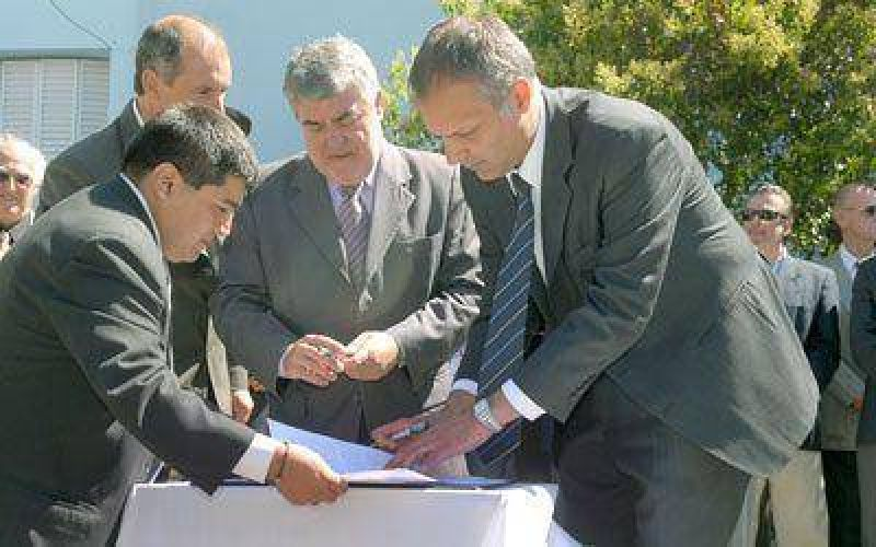 "El municipio adhirió al programa provincial ""Conductor responsable"""