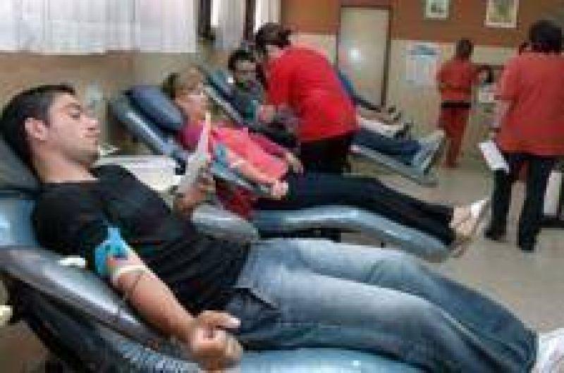 Convocan a donar sangre ante faltante en centros de hemoterapia