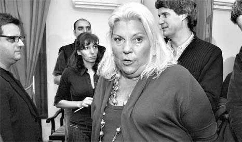 Carrió amenaza a Cristina con un juicio político