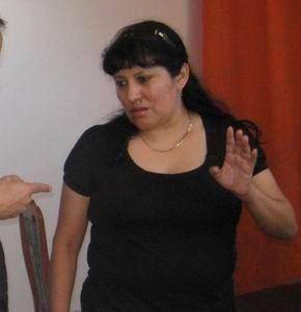El CD tinosgasteño decidió suspender a la auditora Rosa Muñoz