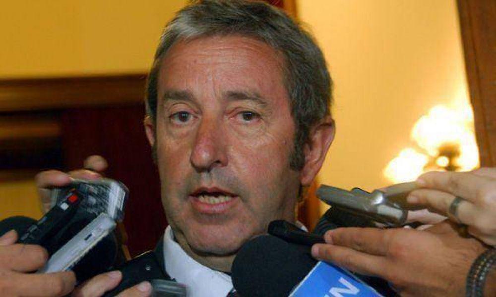 """Cobos rechazó las acusaciones y asegura que """"no desanduvo el camino"""" del Ejecutivo"""