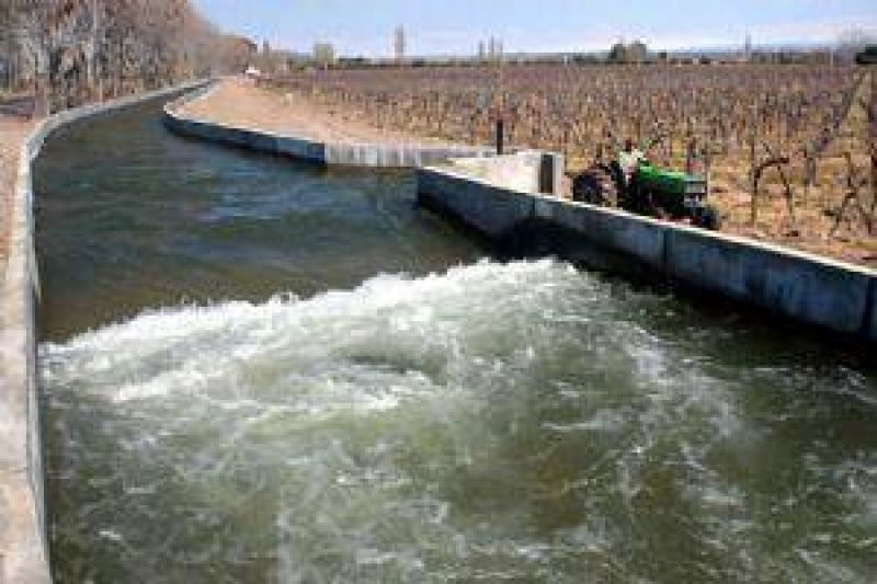 Subsidio para riego agrícola y colocación de tela antigranizo