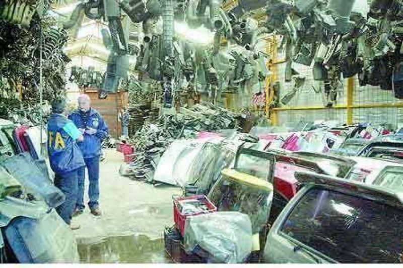 Scioli asegura que el robo de autos baj� un 40 por ciento