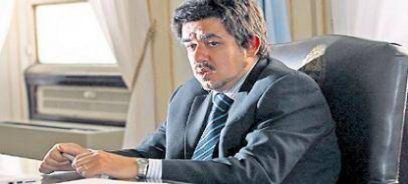 """Central: Arlía criticó la """"politiquería"""" y avaló el despido de Martín Redrado"""