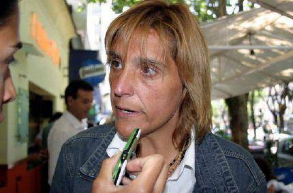 Baragiola: El gobierno ha dado ejemplo de no respetar la institución