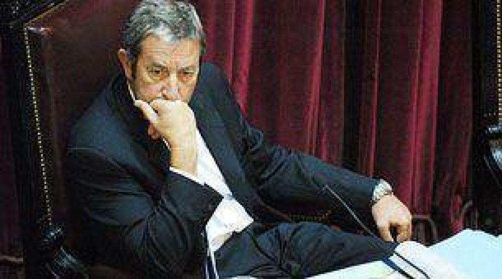 Cobos y Fellner serían llamados por la Justicia para destrabar el conflicto por el uso de las reservas