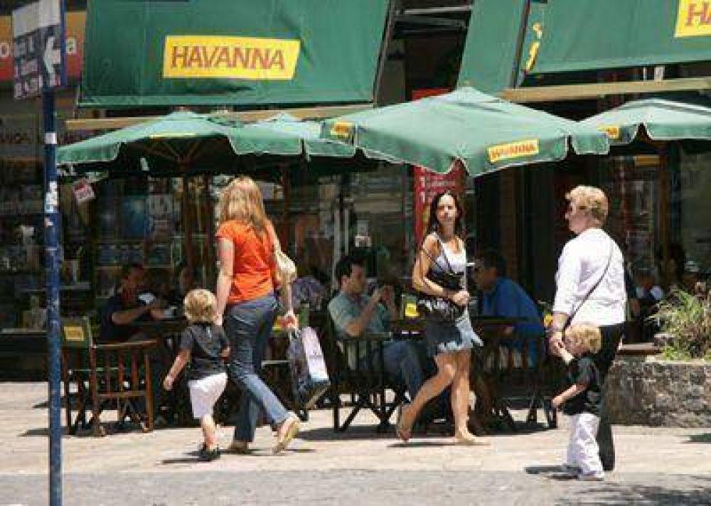 Satisface el movimiento que se registra en los paseos comerciales