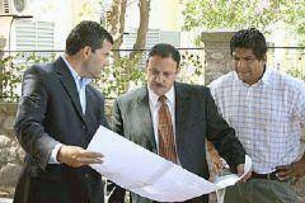 En noventa día concluirán los trabajos de ampliación de la avenida Favaloro
