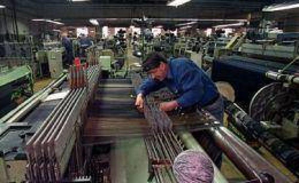 Según Ferreres, la industria creció 6,7% en diciembre pero cayó 7,7% en 2009