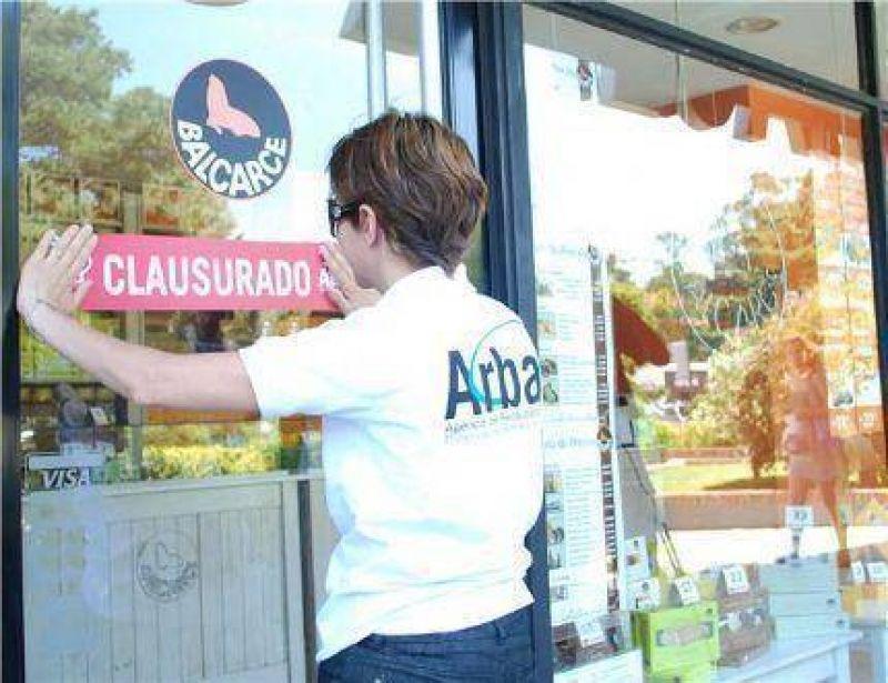 ARBA fue a los postres y clausuró Balcarce y otros 10 comercios entre Pinamar y San Clemente