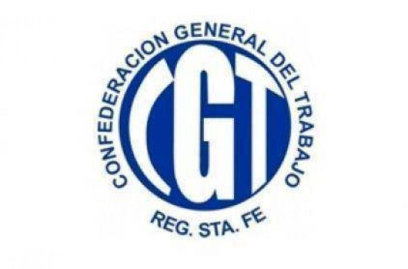 La CGT se manifestó en contra del tarifazo en la luz y agua
