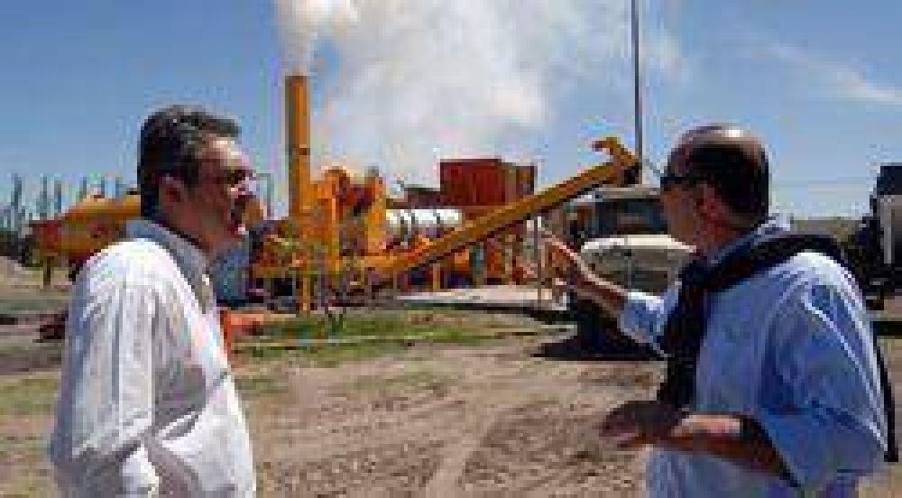 La nueva planta de asfalto duplicará el ritmo de bacheo