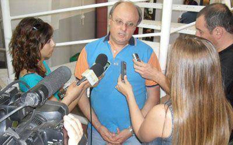 """Di Pierro dice que el """"dasnevismo"""" no apoya a Buzzi como gobernador"""