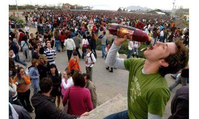 El consumo de alcohol en j�venes aument� durante el 2009