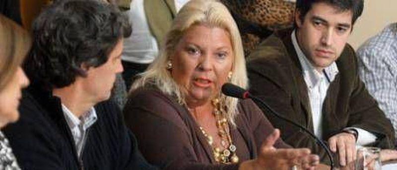 """Carrió criticó a Cobos y aseguró que Cristina Kirchner fue """"prudente"""" al no viajar a China"""
