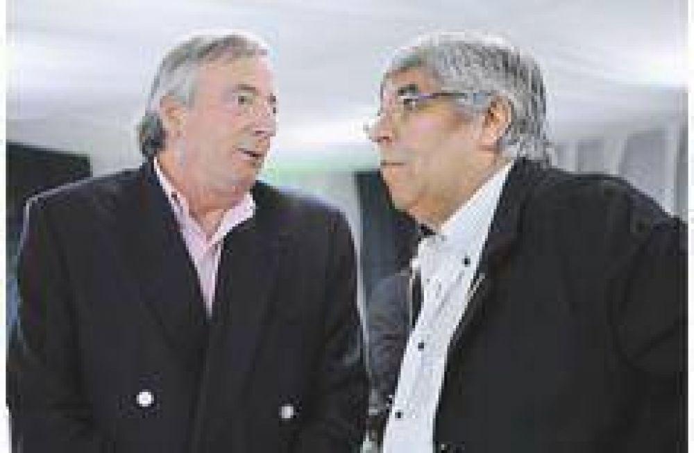 Moyano convoca a empresarios para reflotar el Pacto Social que quiere Cristina