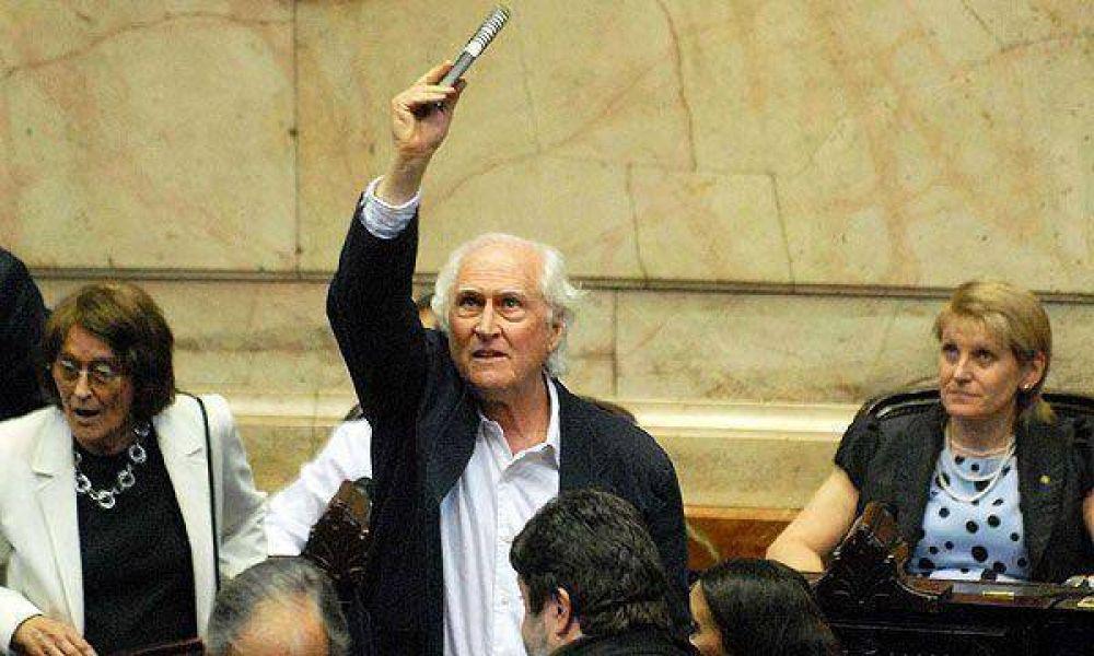 Diputados de Proyecto Sur presentarán amparo en la Justicia para suspender el canje de deuda