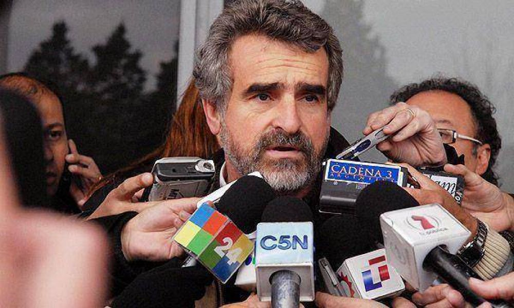 """Agustín Rossi: """"Cobos está desestabilizando las instituciones"""""""