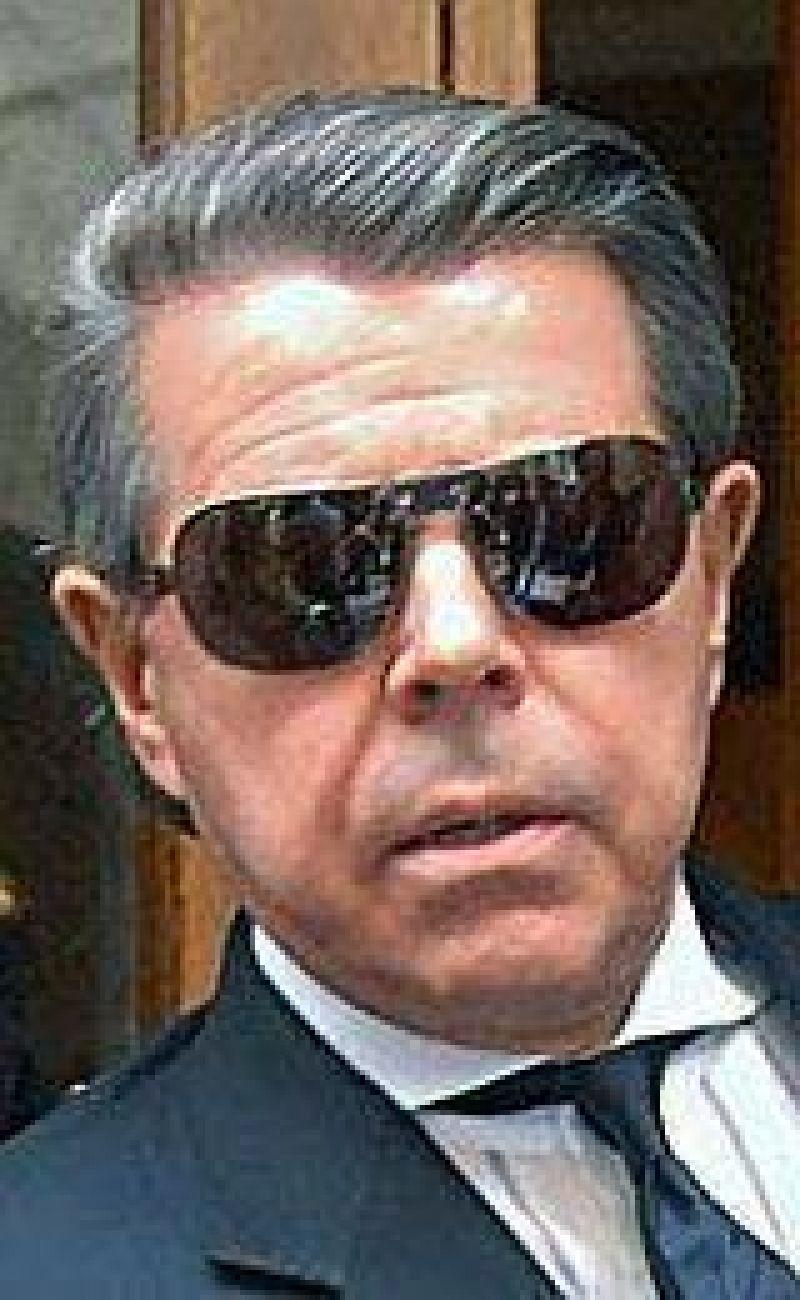 Oyarbide no descarta citar a Redrado