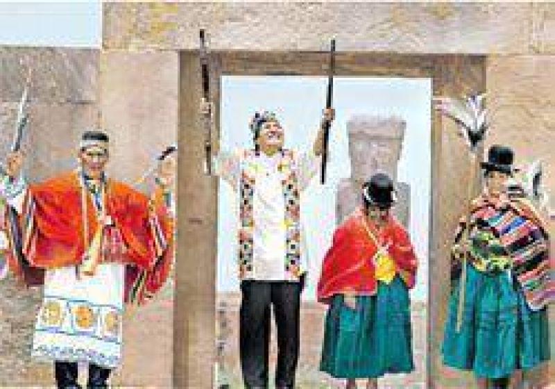 Tras protagonizar un rito indígena, Evo inicia hoy su segundo mandato