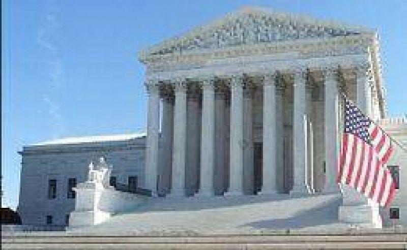 Por decisión de la Corte estadounidense, las compañías ahora podrán financiar a los candidatos