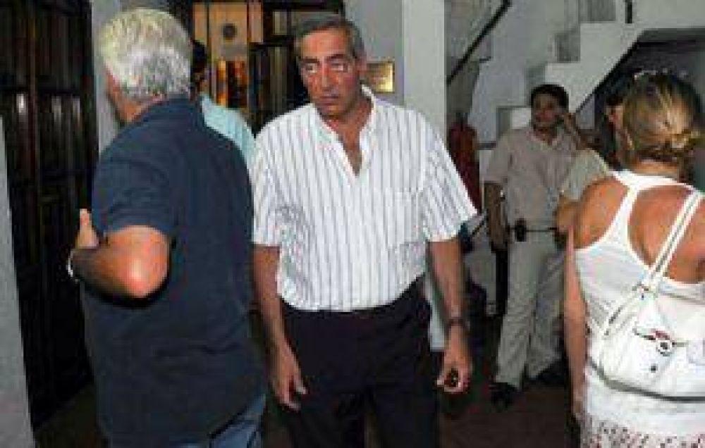 Se agrava la interna radical: Fayad impugna al Frente de Cobos