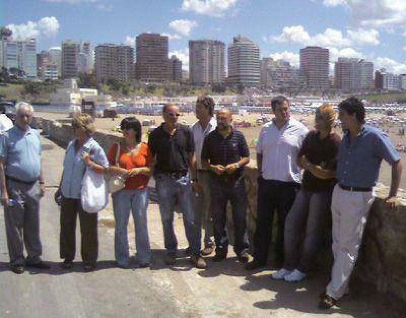 """La oposición tildó de """"una gran equivocación"""" el traslado de bares"""