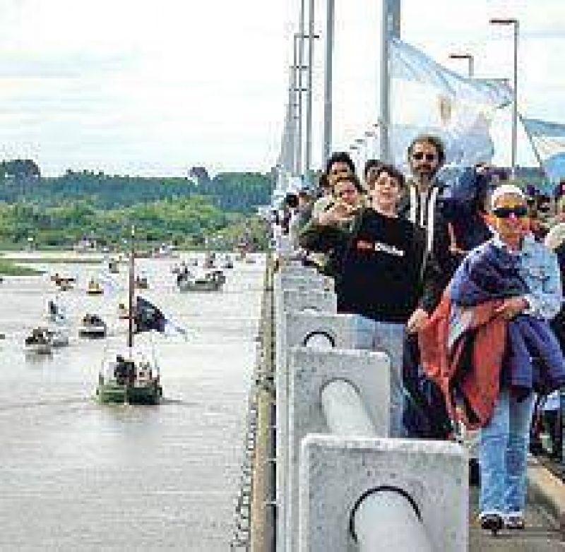 Buscan aliviar el tránsito por el corte de Gualeguaychú