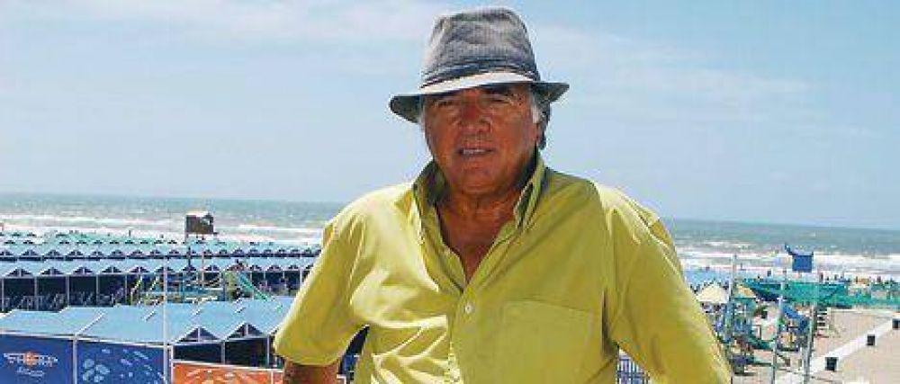 """""""Duhalde tiene que enmendar el error que cometió con Kirchner"""""""