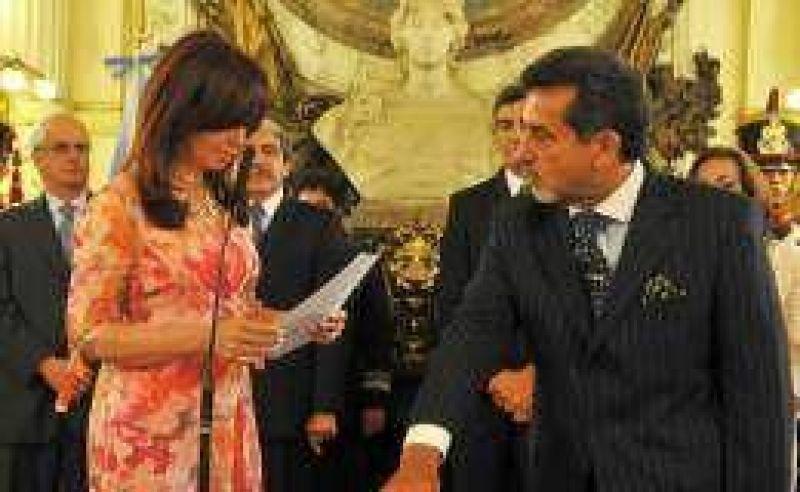 Asumi� el nuevo Procurador del Tesoro y aconsej� no aceptar la renuncia de Redrado