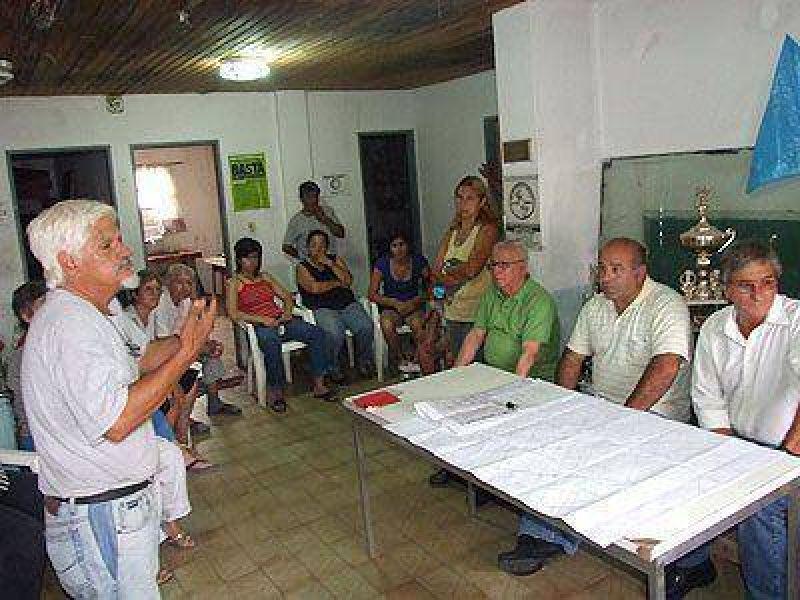 AySA se reunir� hoy con el Foro H�drico y vecinos de Lomas