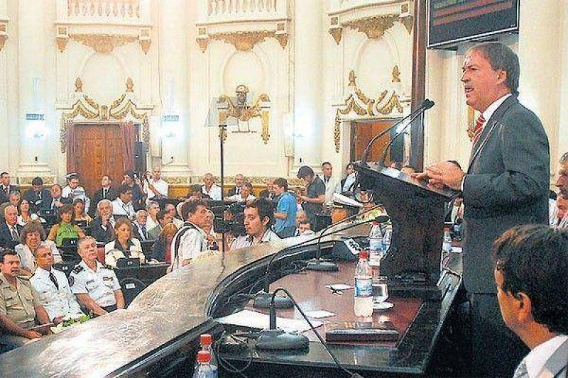 Schiaretti reclamó fondos al Gobierno