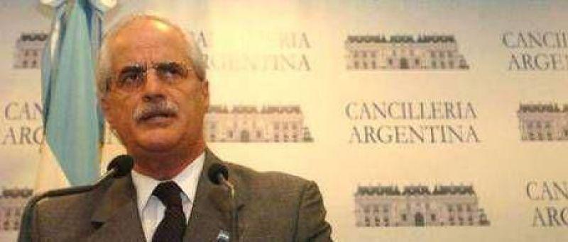 """Taiana: """"Gran Bretaña vulnera los recursos argentinos en las islas Malvinas"""""""