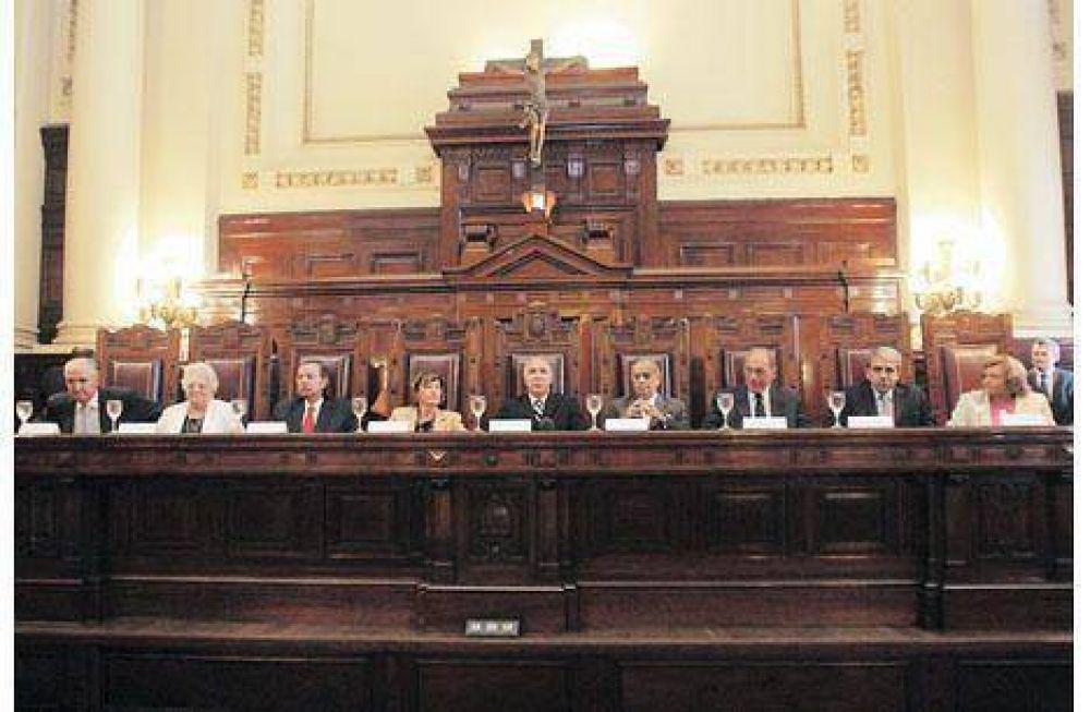 La Corte dejó en manos del Congreso el destino de las reservas del BCRA