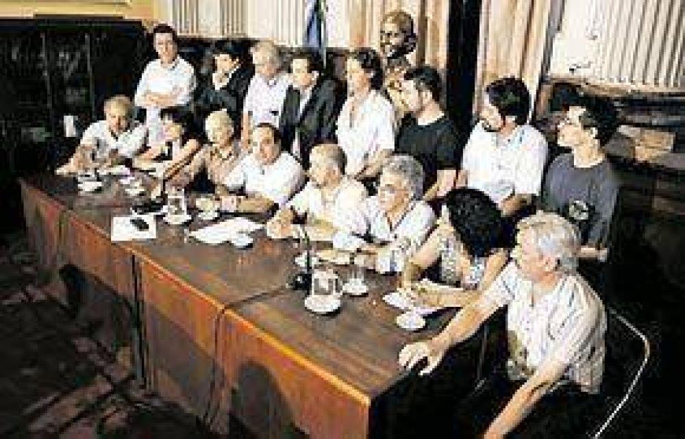 Amparo de la oposición contra la reforma política