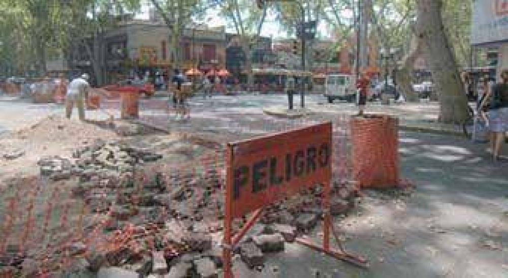 Capital sigue reparando las calles céntricas