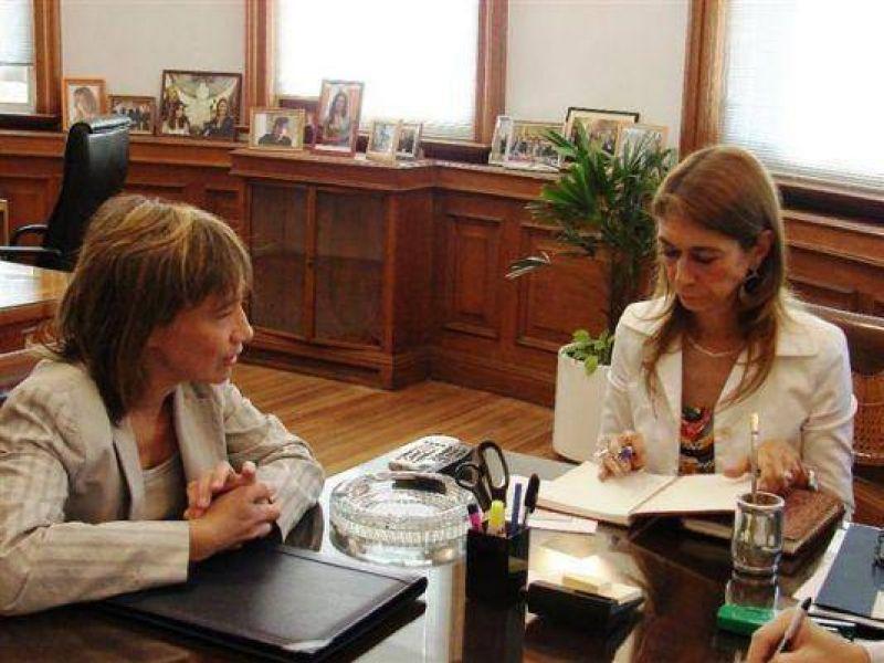 La ministra Giorgi recorrerá la próxima semana fábricas en Río Grande y Ushuaia