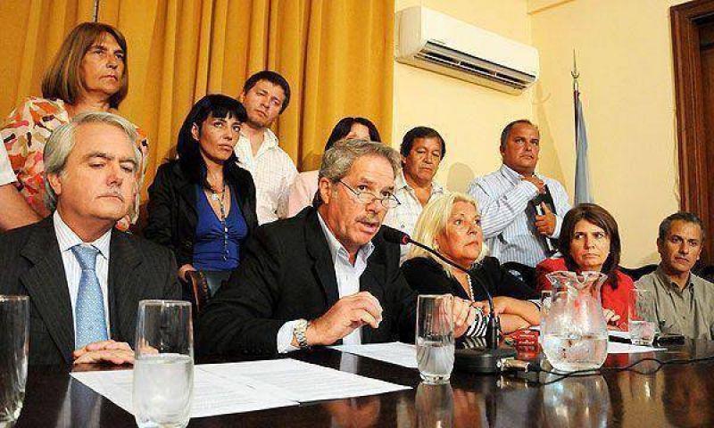 """Los opositores anunciaron que preparan un proyecto """"alternativo"""" al del Fondo del Bicentenario"""