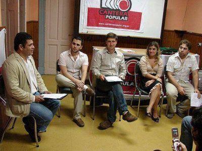 Se presentó Cantera Popular en la UCR y propuso homenajear a Raúl Alfonsín en el Parque Sur
