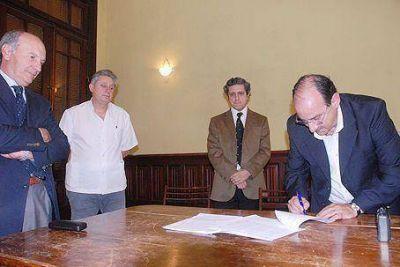 CONVENIO CON DOS AÑOS DE DURACIÓN Acuerdo entre el Hospital Cabred y la Universidad de Morón