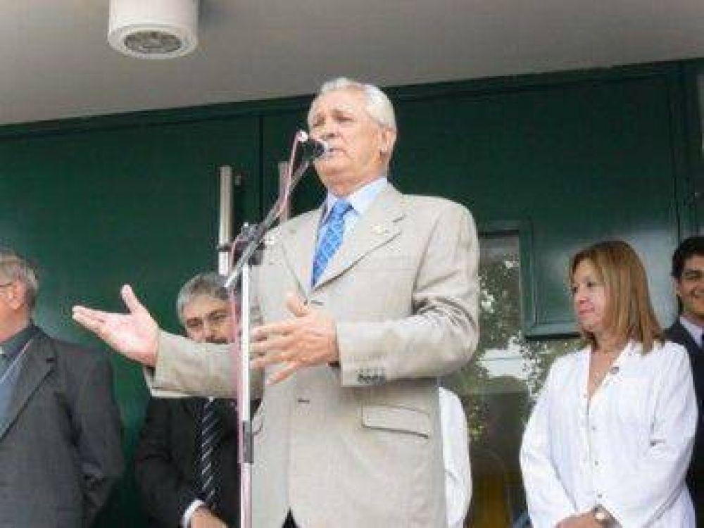 Municipios San Martin Con fondos municipales Ivoskus inauguró la primera etapa del nuevo Hospital Thompson