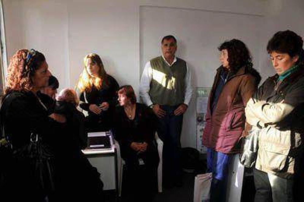 Gremios docentes disconformes con los reconocimientos médicos